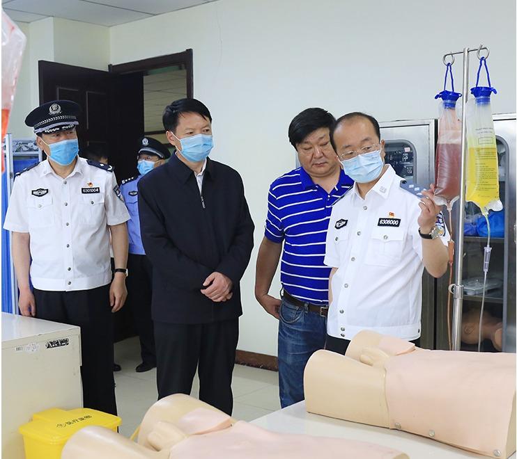 省监狱管理局局长朱战民来院调研引导工作